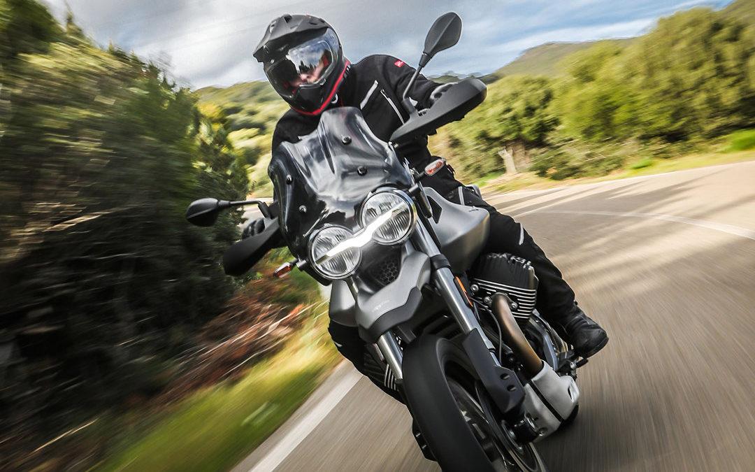 Moto Guzzi V85 TT – Bello in Tutto Terreno!